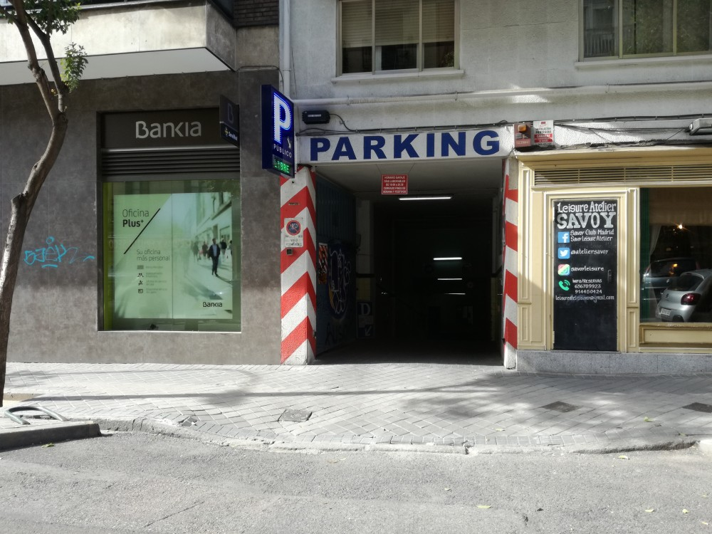 Aparcar en Parking Meléndez Valdés 28-Madrid