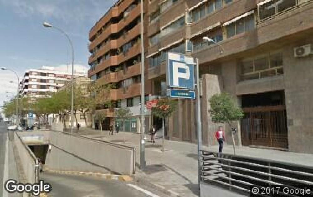 Parking Catedrático Soler-Alicante(e)n aparkatu