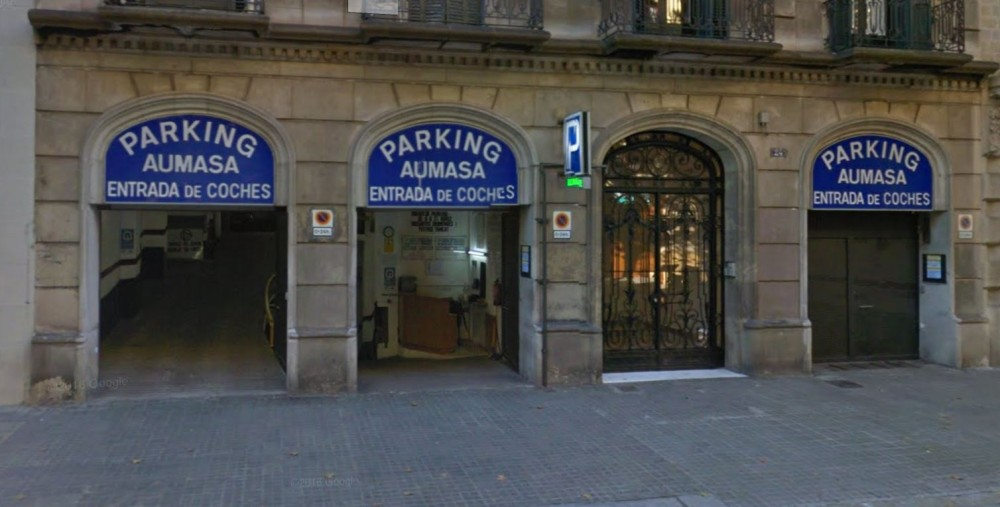 Park in Parking Aumasa-Barcelona