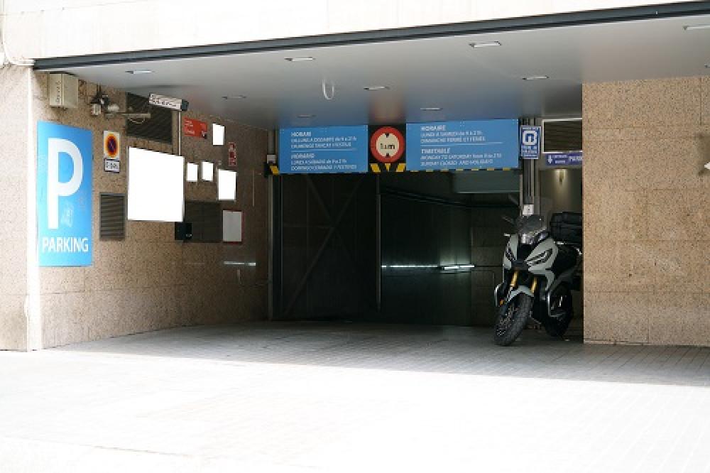Parking La Rambla - La Boquería - Palau Nou