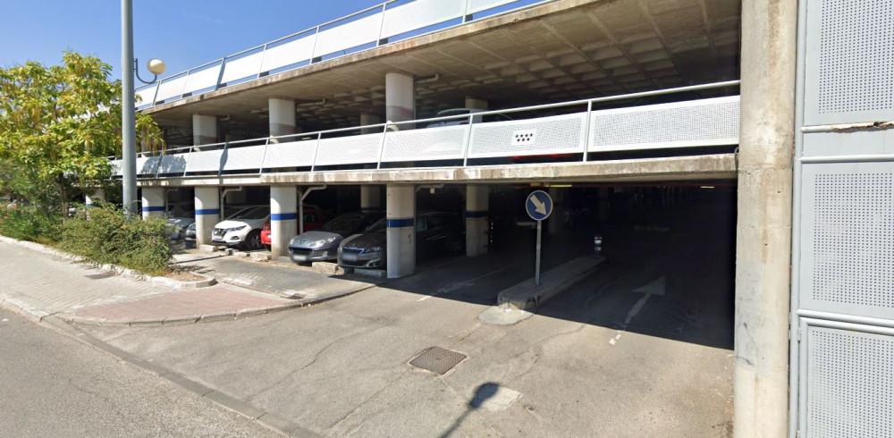 Parking RENFE Cercanías Pinar de las Rozas