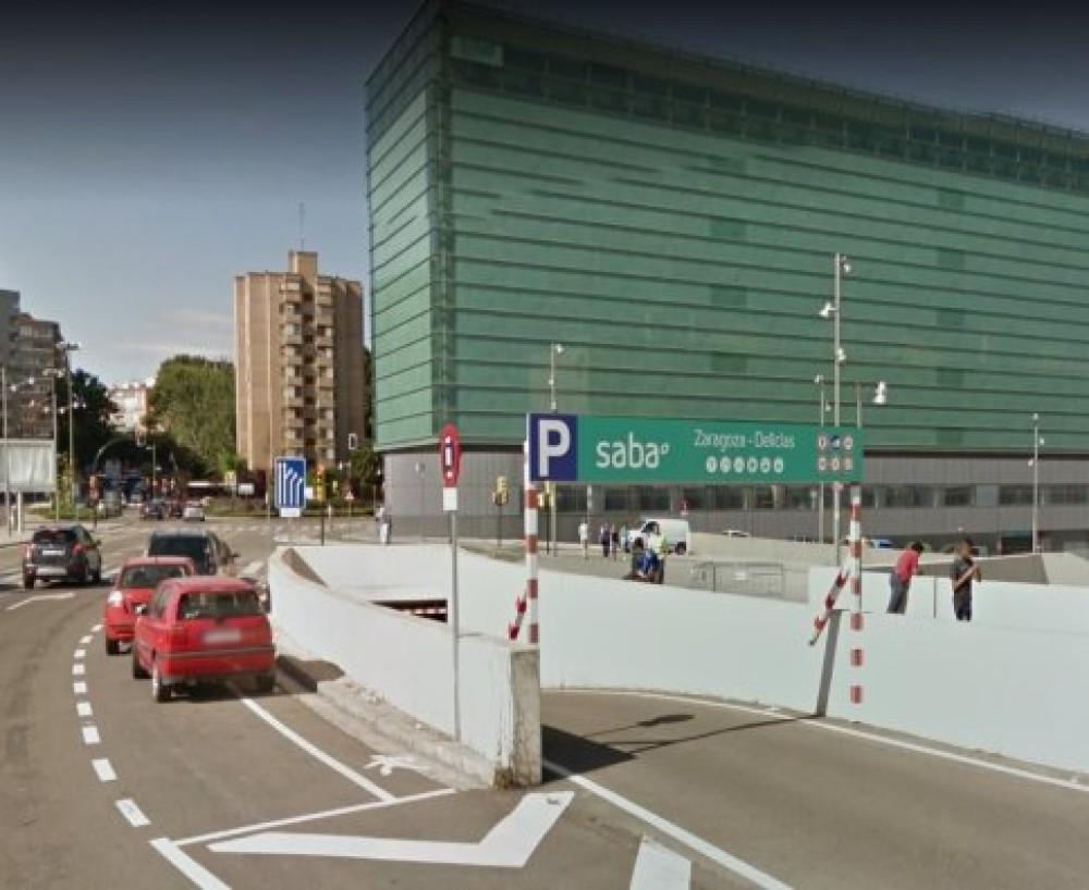 Renfe Zaragoza Estación Delicias.  C/ Rioja, 33, 50011-Zaragoza(e)n aparkatu