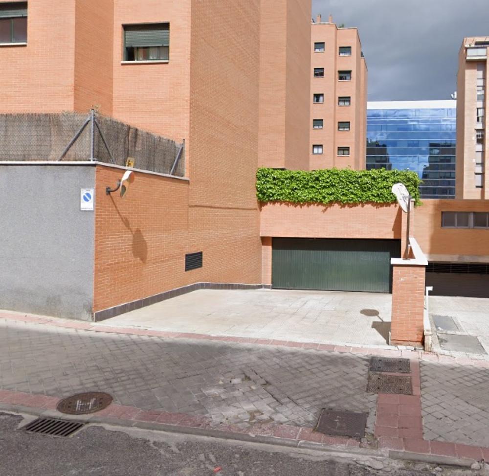 ElParking  Calle Redecilla del Camino 1