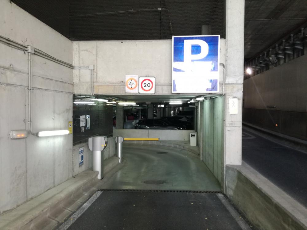 Parking Padre Vallet