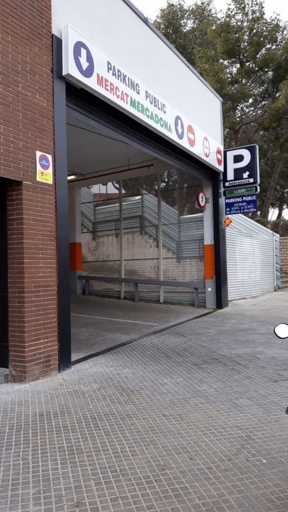Aparcar en Parking Mercagavà-Barcelona