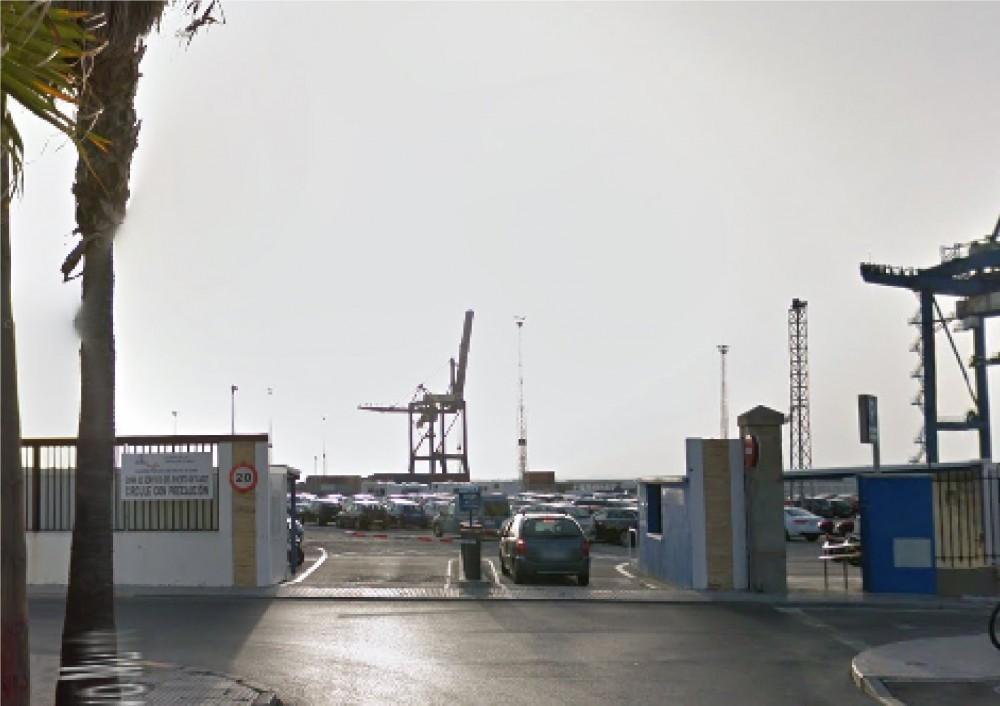 Aparcar en Parking Reina Sofia Puerto de Cádiz-Cádiz