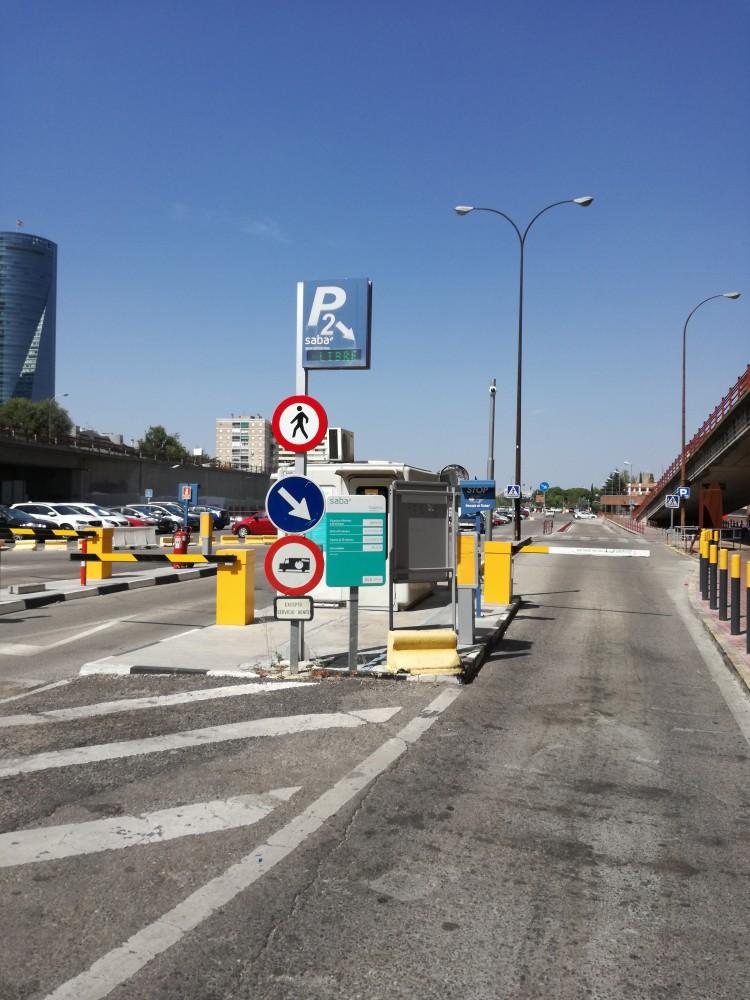 Aparcar en Renfe Madrid Estación Chamartín. C/ Agustín de Foxa, s/n, 28036-Madrid