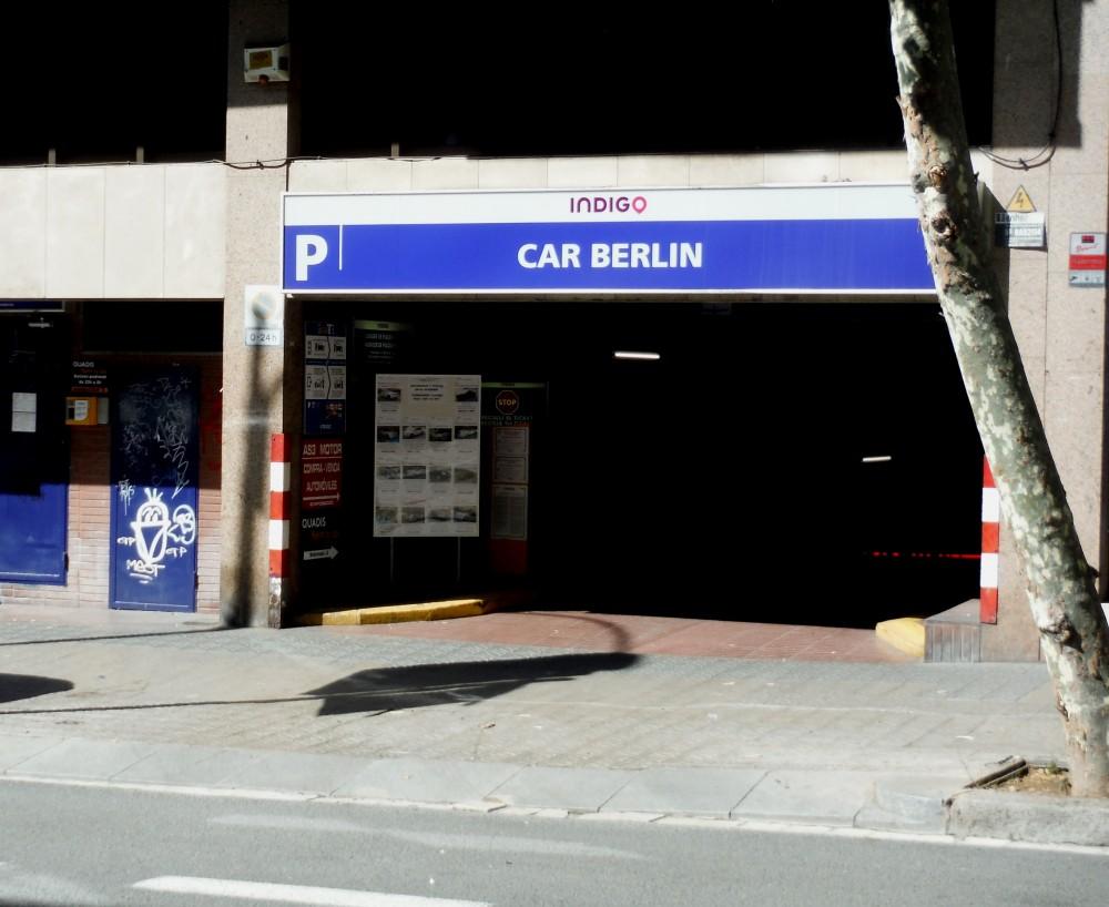 Park in Parking Estación Sants-Barcelona