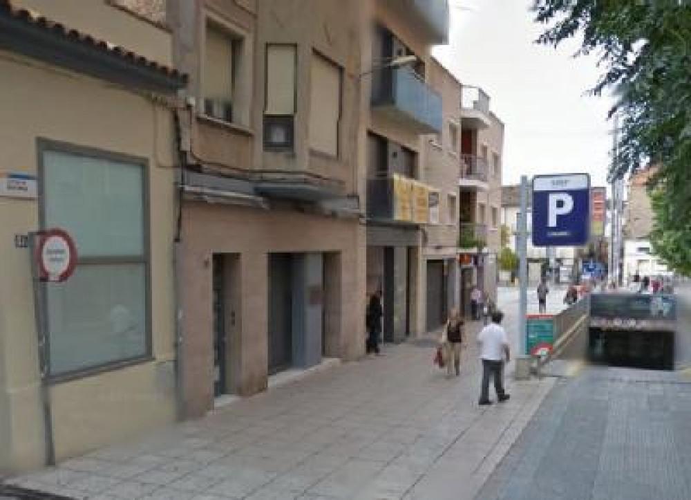 Aparcar en Plaza Cal Font, S/N-Barcelona