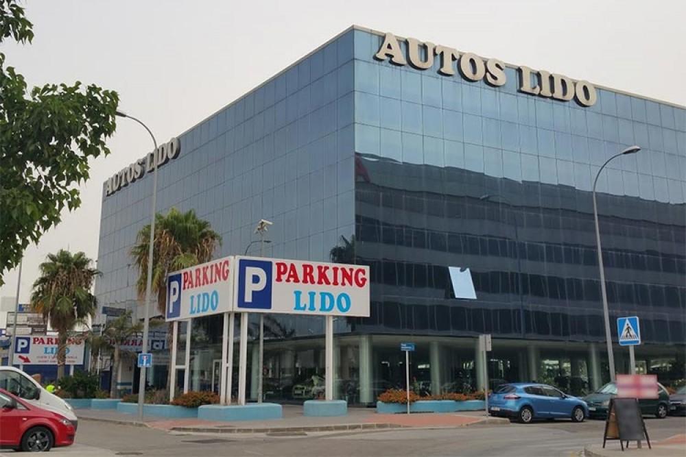Parking Lido - Puerto de Málaga-Málaga(e)n aparkatu