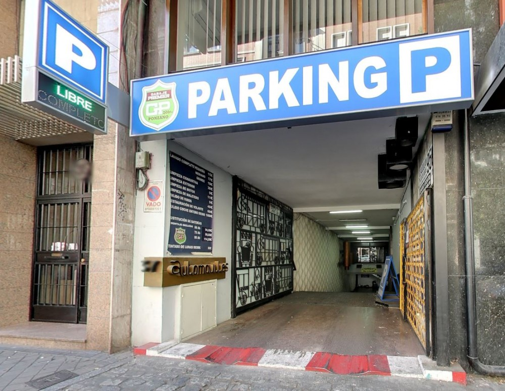 Park in Parking Premier Ponzano-Madrid