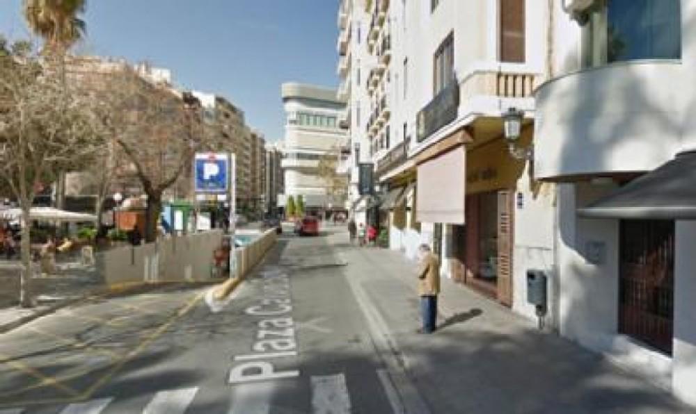 Aparcar en Maisonnave (Av. Maisonnave, S/N, 03003)-Alicante