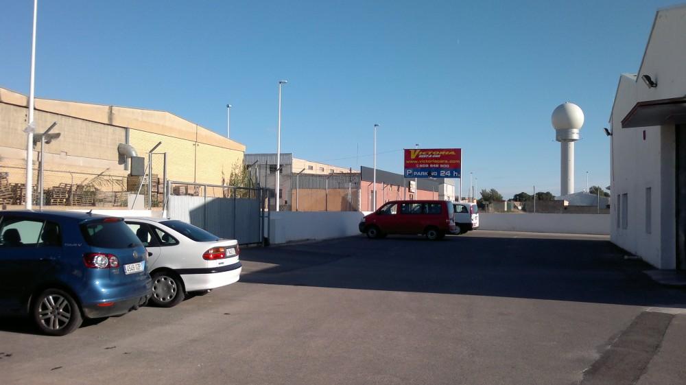 Park in Victoria Parking Valencia-Valencia