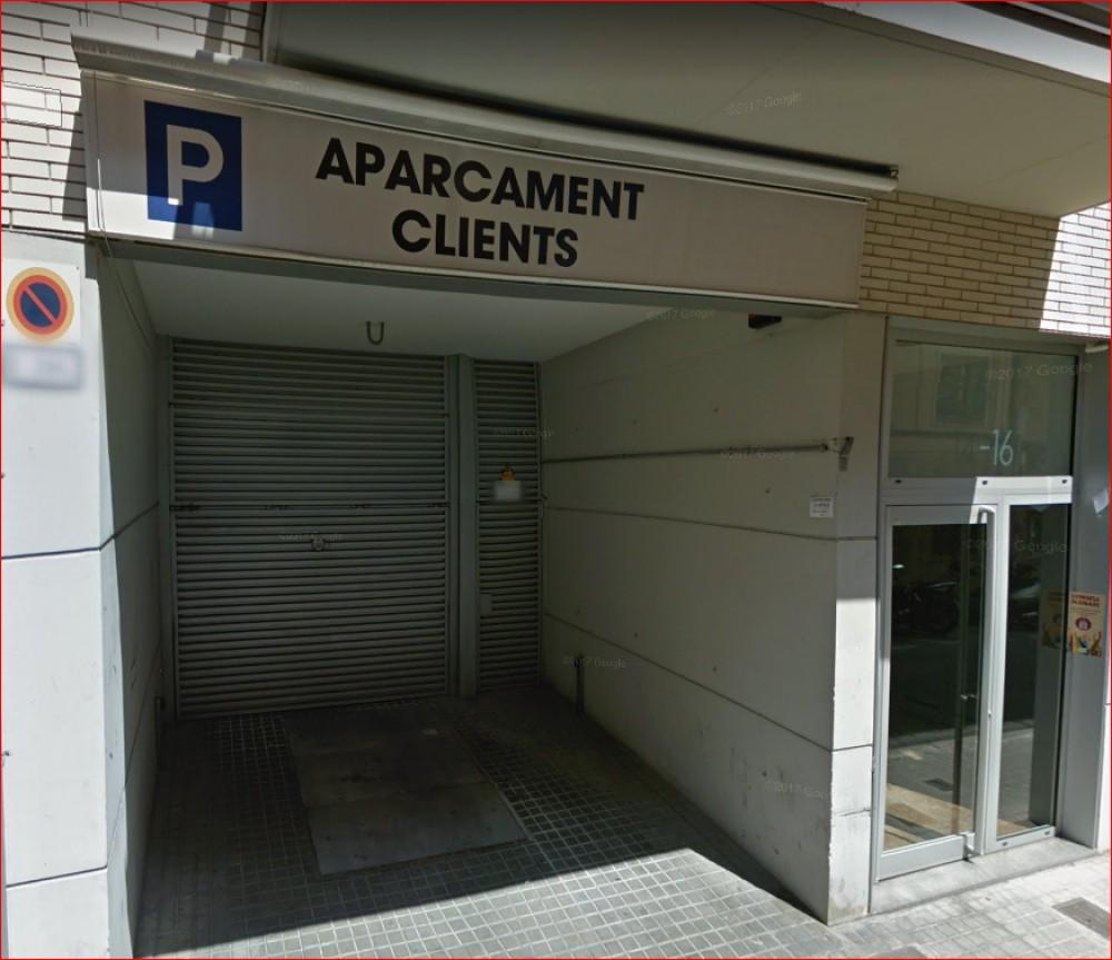 Park in ElParking Calle Sostres, 16-Barcelona