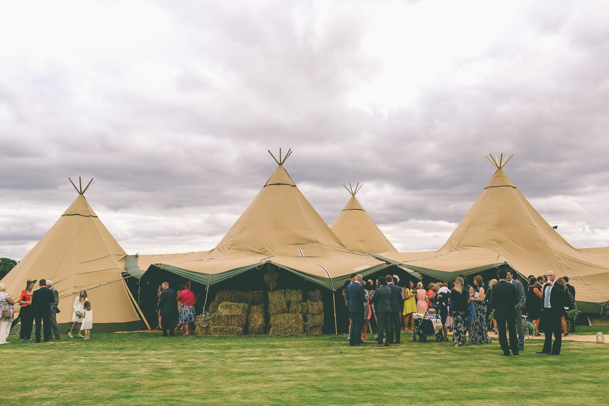 Manchester-Tipi-Wedding--26