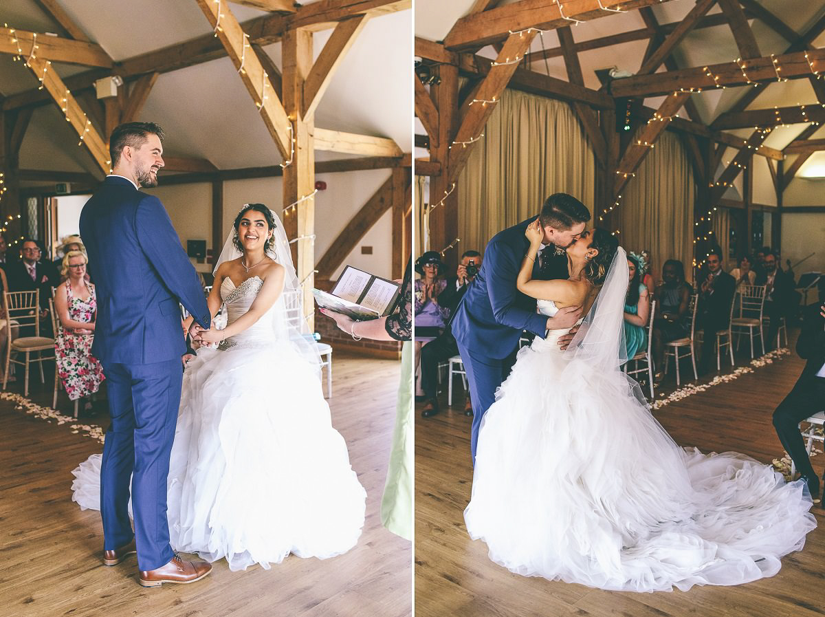 Sandhole Oak Barn Wedding