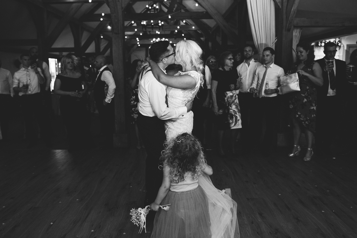 Sandhole Oak Barn Wedding Dance