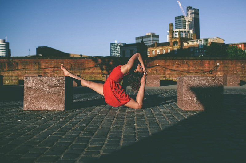Manchester Yoga Portraits in the city