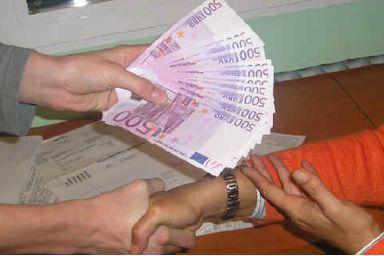 Oferta de empréstimo de dinheiro entre particula
