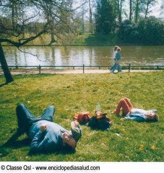 Ocio y relajacion en un parque de Paris