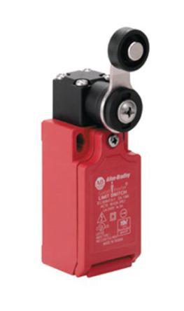 440P-CSLS11B                                              440P Limit Switch with Short Lever Actuator, Glass Filled PBT, NC/NO