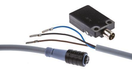 Turck PNP Inductive Sensor 5 mm Detection Range, Barrel 32mm length, 10 → 30 V dc, IP67