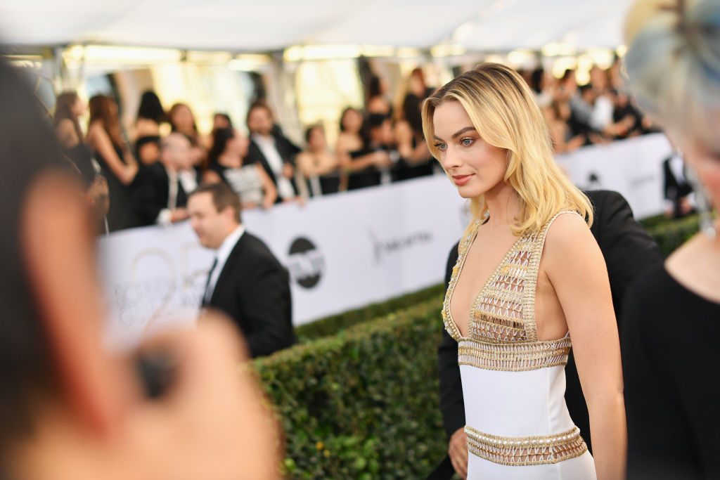 LOS ANGELES, CA - JANUARY 27:  Margot Robbie attends the 25th Annual Screen ActorsGuild Awards at The Shrine Auditorium on January 27, 2019 in Los Angeles, California. 480543  (Photo by Mike Coppola/Getty Images for Turner)