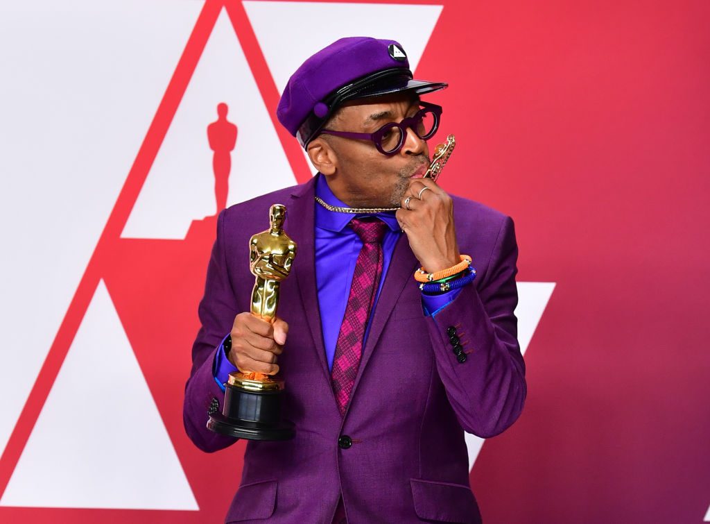 "Best Adapted Screenplay winner for ""BlacKkKlansman"" Spike Lee poses in the press room with the Oscar during the 91st Annual Academy Awards at the Dolby Theater in Hollywood, California on February 24, 2019. (Photo by FREDERIC J. BROWN / AFP)        (Photo credit should read FREDERIC J. BROWN/AFP/Getty Images)"