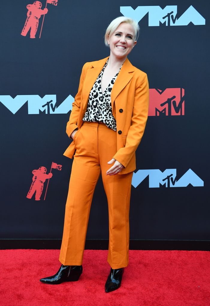 Social media personality Hannah Hart arrives for the 2019 MTV Video Music Awards at the Prudential Center in Newark, New Jersey on August 26, 2019. (Photo: JOHANNES EISELE/AFP/Getty Images)