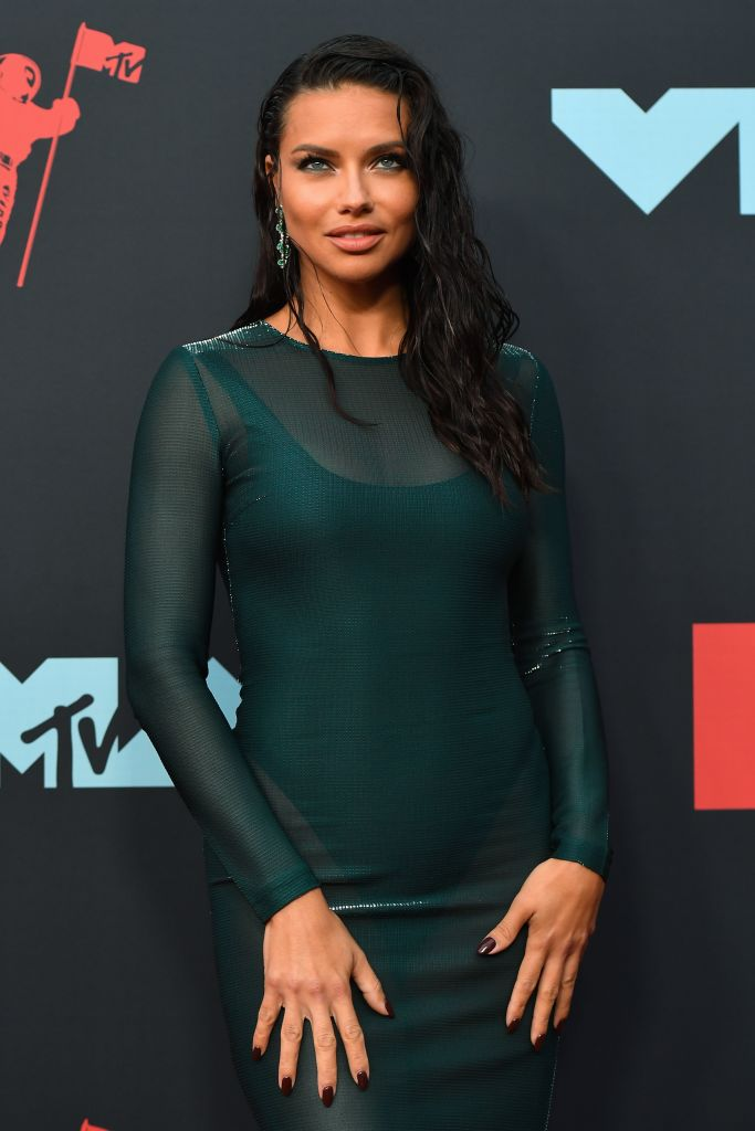 Brazilian model Adriana Lima arrives for the 2019 MTV Video Music Awards at the Prudential Center in Newark, New Jersey on August 26, 2019. (Photo: JOHANNES EISELE/AFP/Getty Images)
