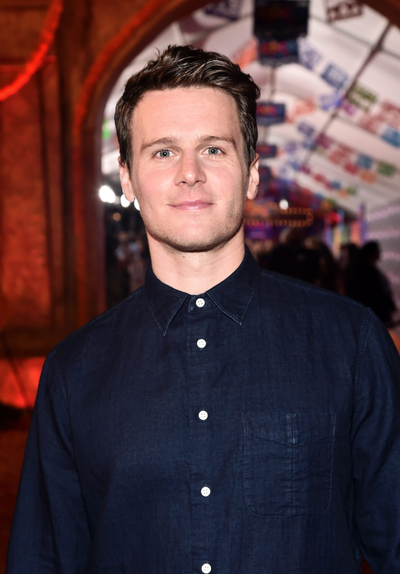 "HOLLYWOOD, CA - NOVEMBER 08:  Actor Jonathan Groff of ""Olaf's Frozen Adventure"" at the U.S. Premiere of Disney-Pixar's ""Coco"" at the El Capitan Theatre on November 8, 2017, in Hollywood, California. ""Olaf's Frozen Adventure"" featurette opens in front of Disney-Pixar's original feature ""Coco"" for a limited time.  (Photo by Alberto E. Rodriguez/Getty Images for Disney)"