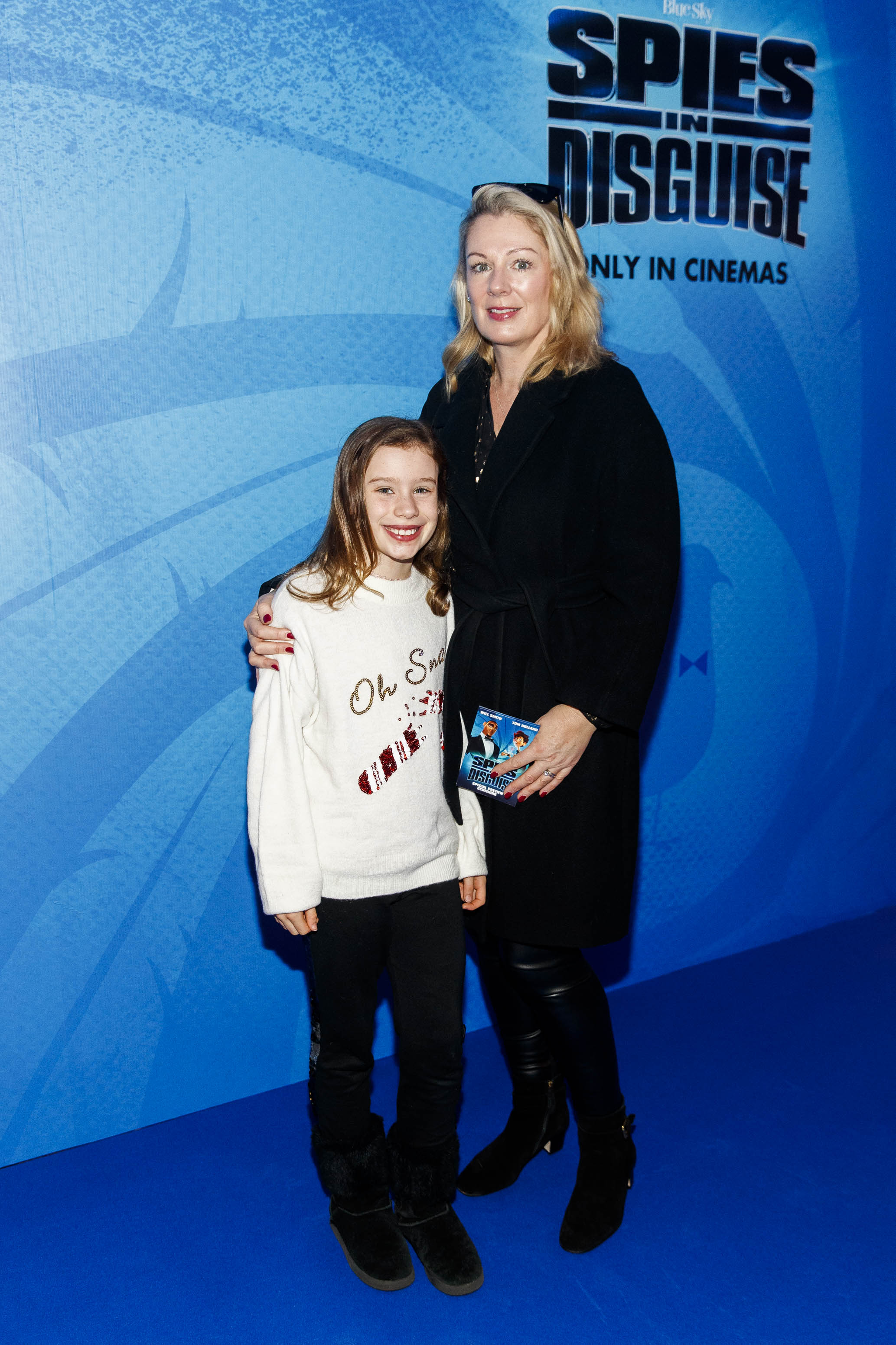 Cate (9) and Rachel Collenette pictured at the special preview screening of SPIES IN DISGUISE in Cineworld.  Picture: Andres Poveda
