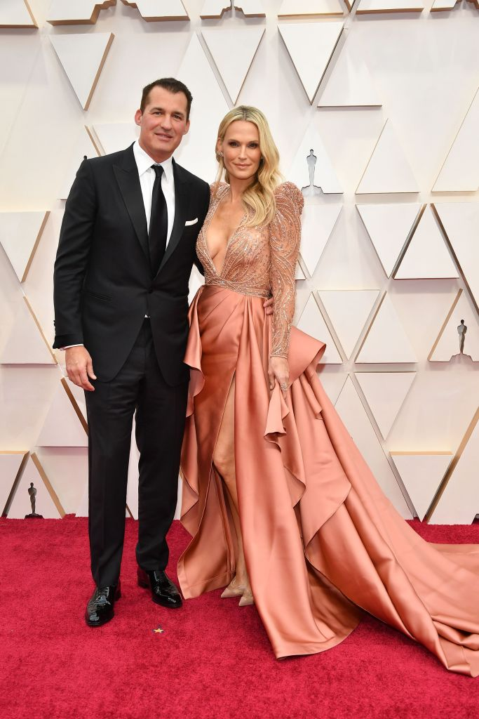 Scott Stuber and Molly Sims attend the 92nd Annual Academy Awards at Hollywood and Highland on February 09, 2020 in Hollywood, California. (Photo by Amy Sussman/Getty Images)