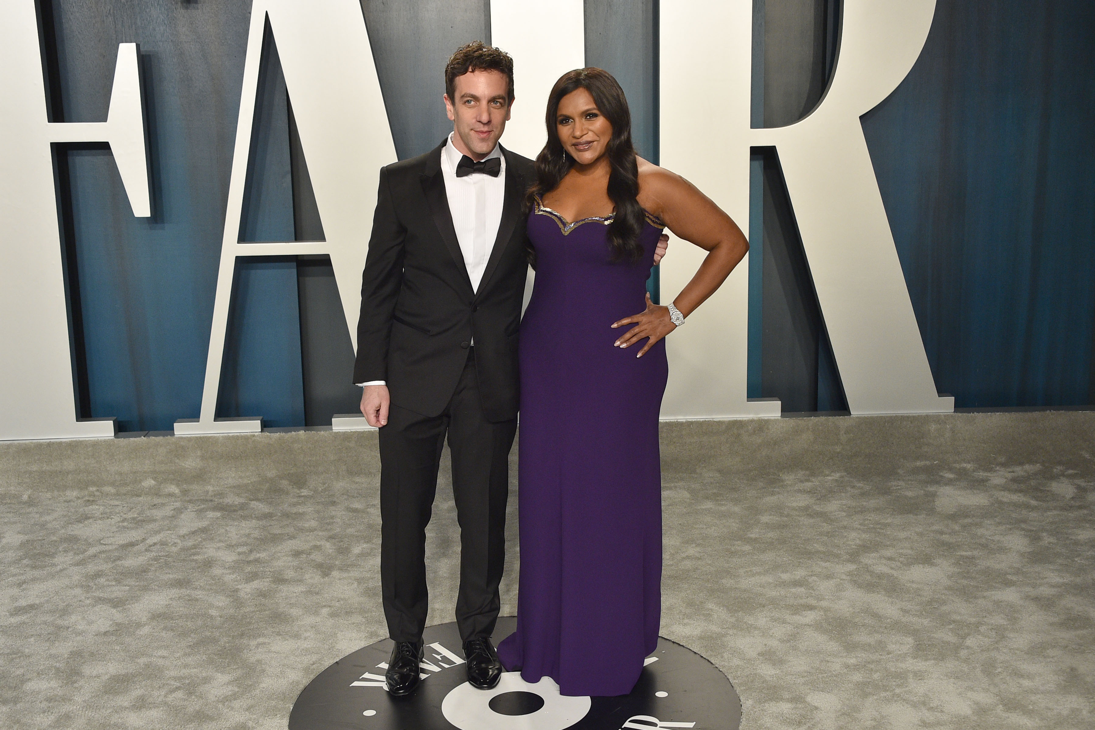 BJ Novak and Mindy Kaling attend the 2020 Vanity Fair Oscar Party at Wallis Annenberg Center for the Performing Arts on February 09, 2020 in Beverly Hills, California. (Photo by David Crotty/Patrick McMullan via Getty Images)