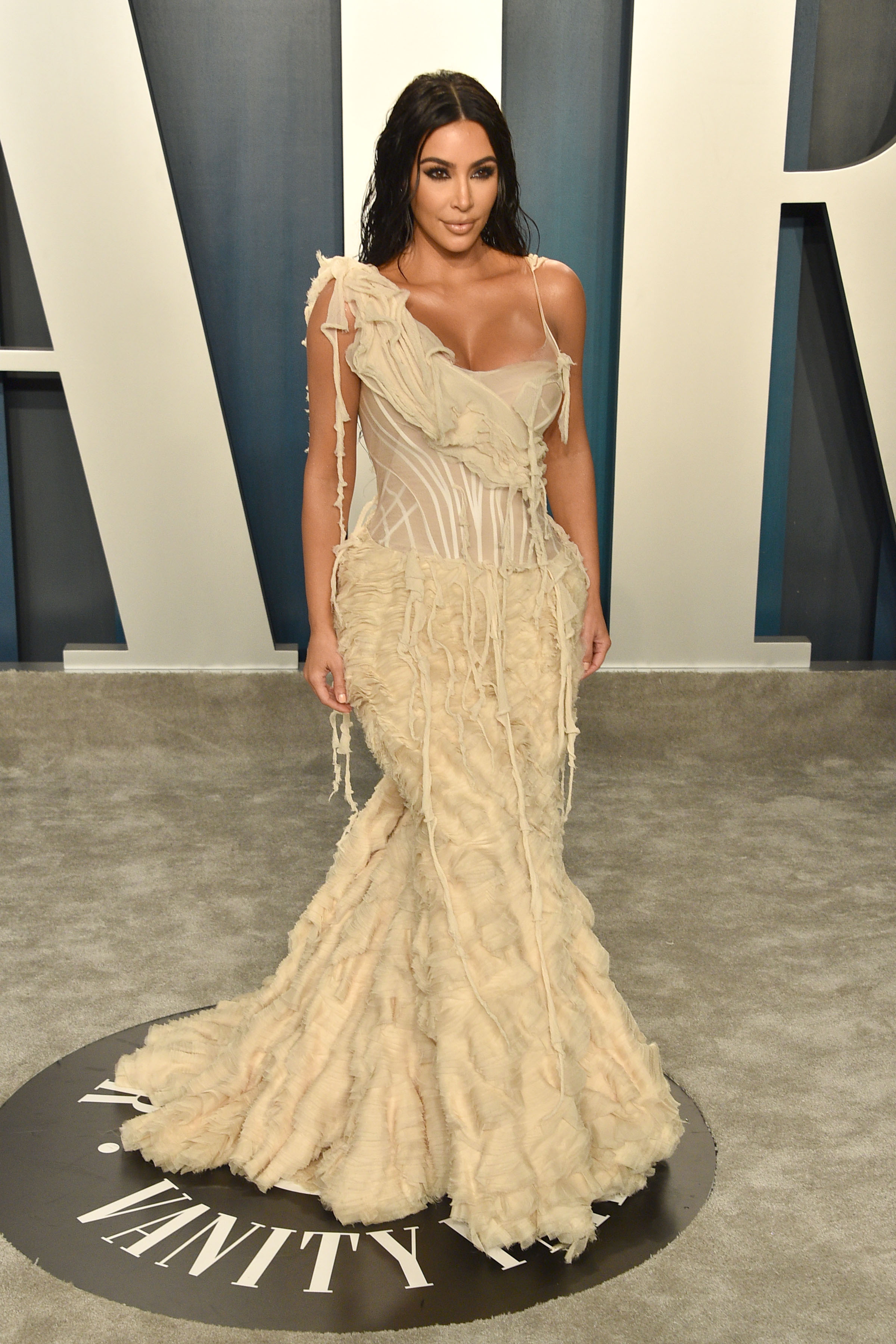 Kim Kardashian attends the 2020 Vanity Fair Oscar Party at Wallis Annenberg Center for the Performing Arts on February 09, 2020 in Beverly Hills, California. (Photo by David Crotty/Patrick McMullan via Getty Images)
