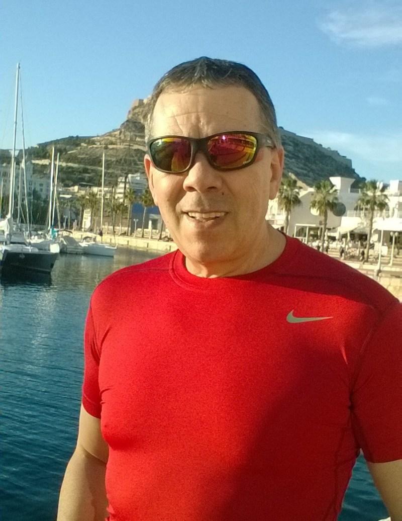 Carlos Alvez