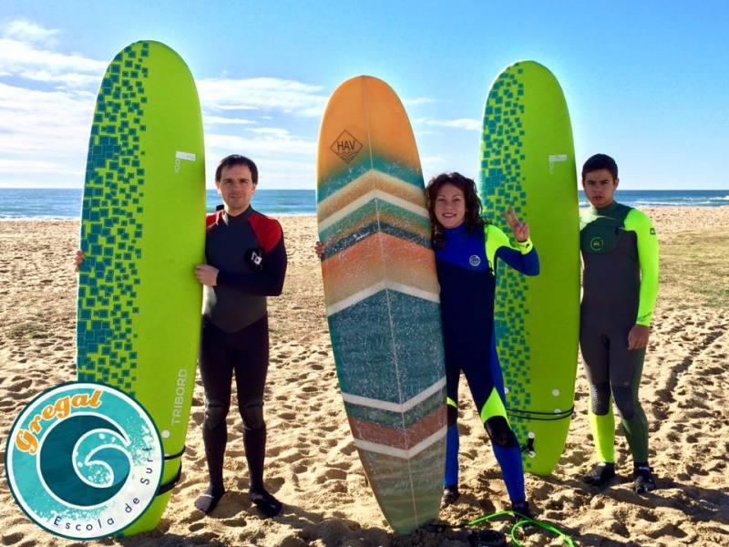 Escuela De Surf I Paddle Gregal