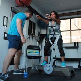 estudio-de-entrenamiento-y-fisioterapia-se-movimiento