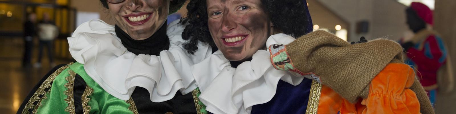 Zwarte-Piet-Sinterklaas-2014-foto-Michelle-Muus-1-1600×400