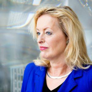 Minister eist dit jaar nog honderd extra vrouwelijke hoogleraren