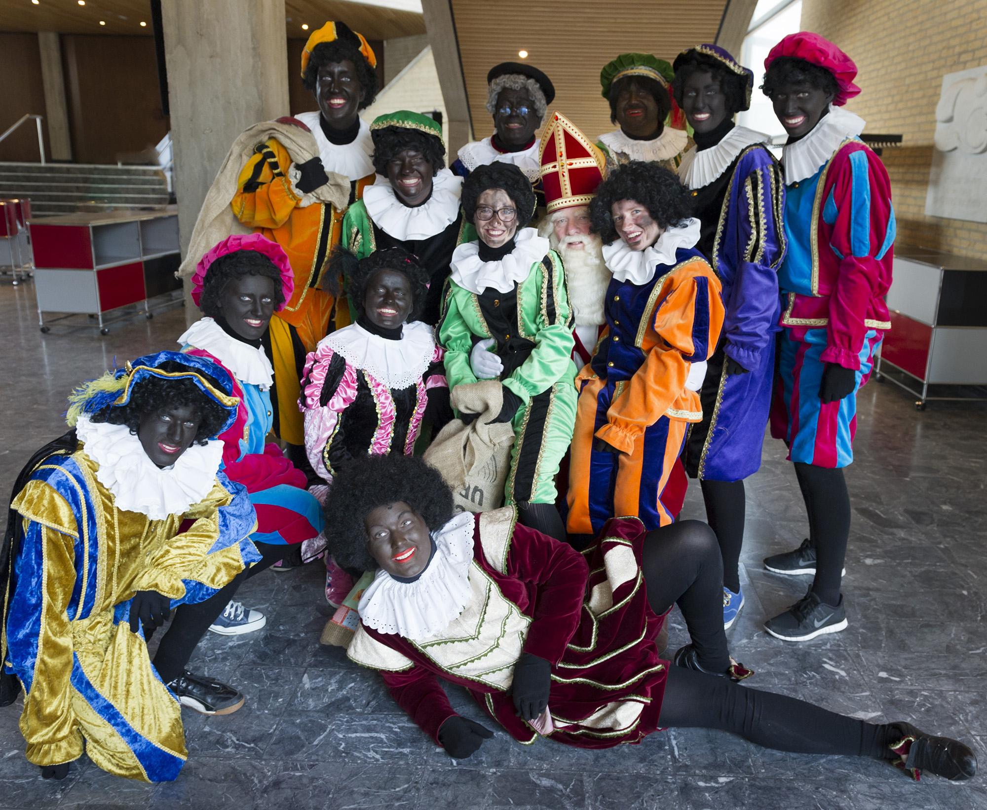 Zwarte Piet Sinterklaas 2014 foto Michelle Muus (2)