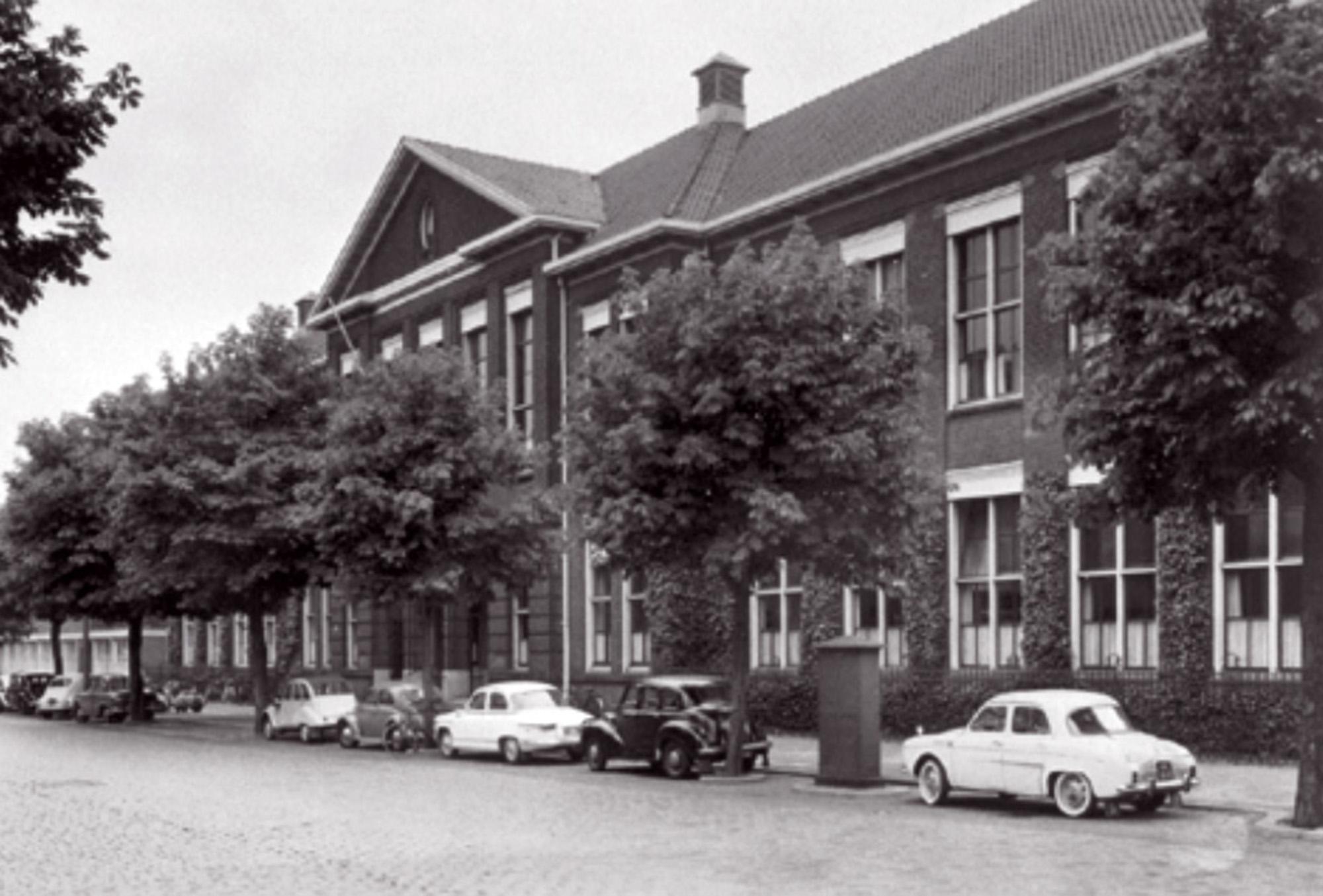 NEH Pieter de Hooghweg
