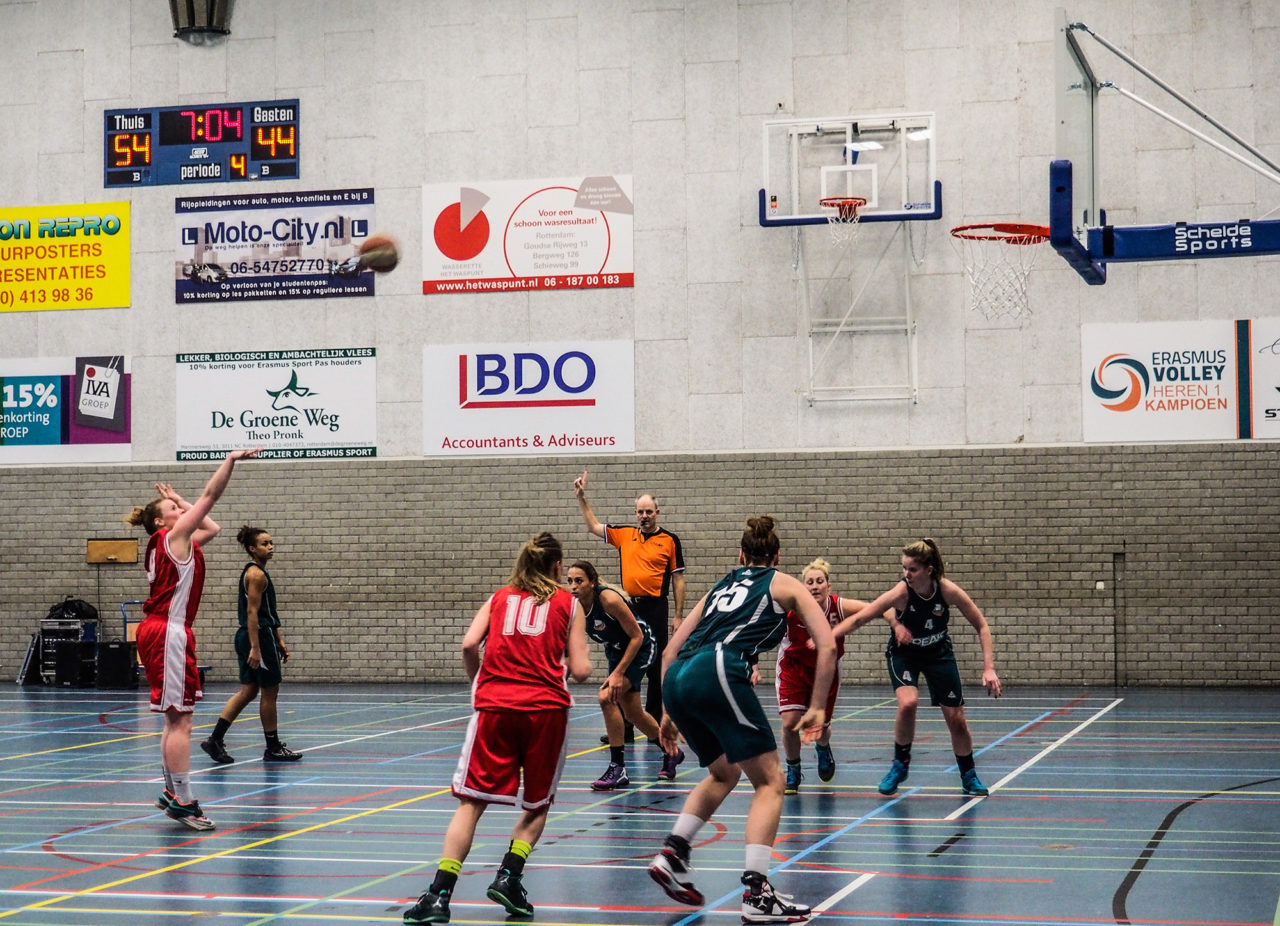 Baros Dames 1 tegen Green Eagles