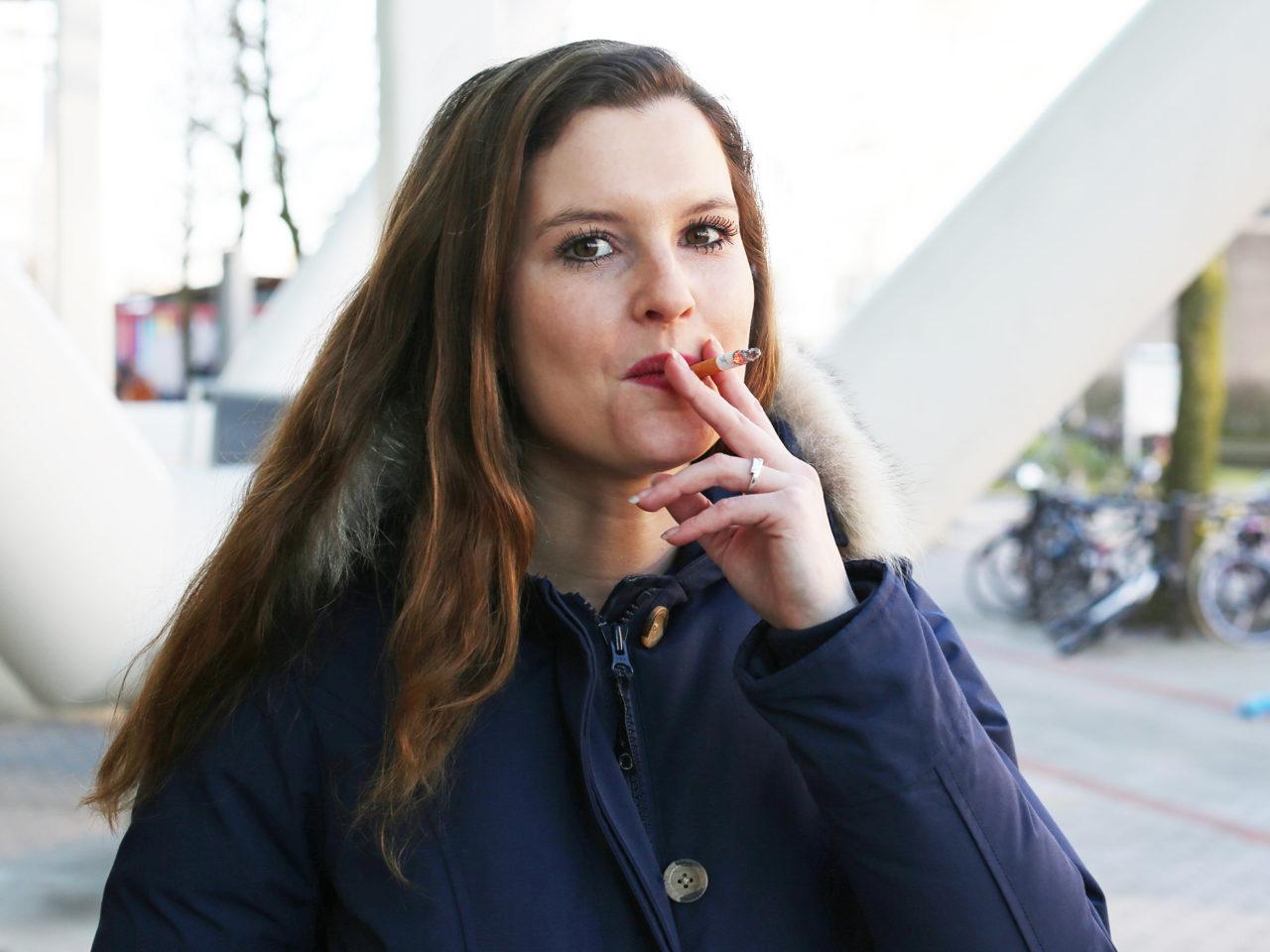 Rokers roken sigaretten rookplek Madelon