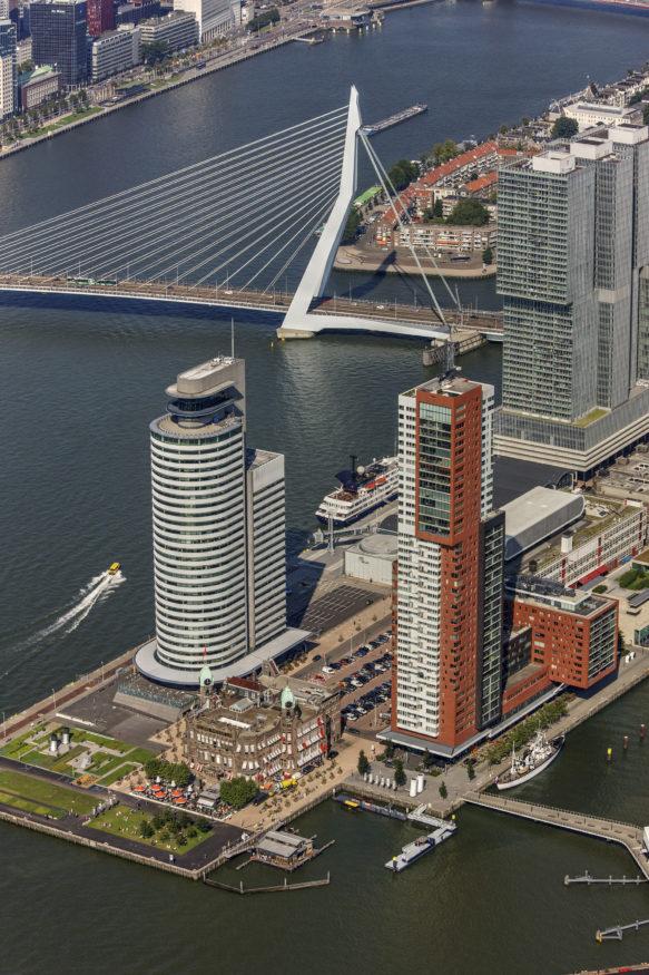 Rotterdam onbewolkt Peter Elenbaas 5