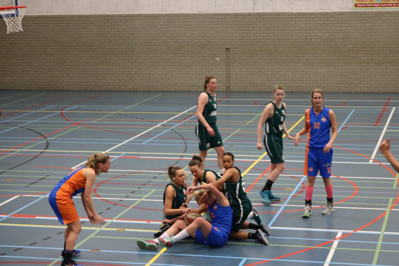 Baros basketbal strijd