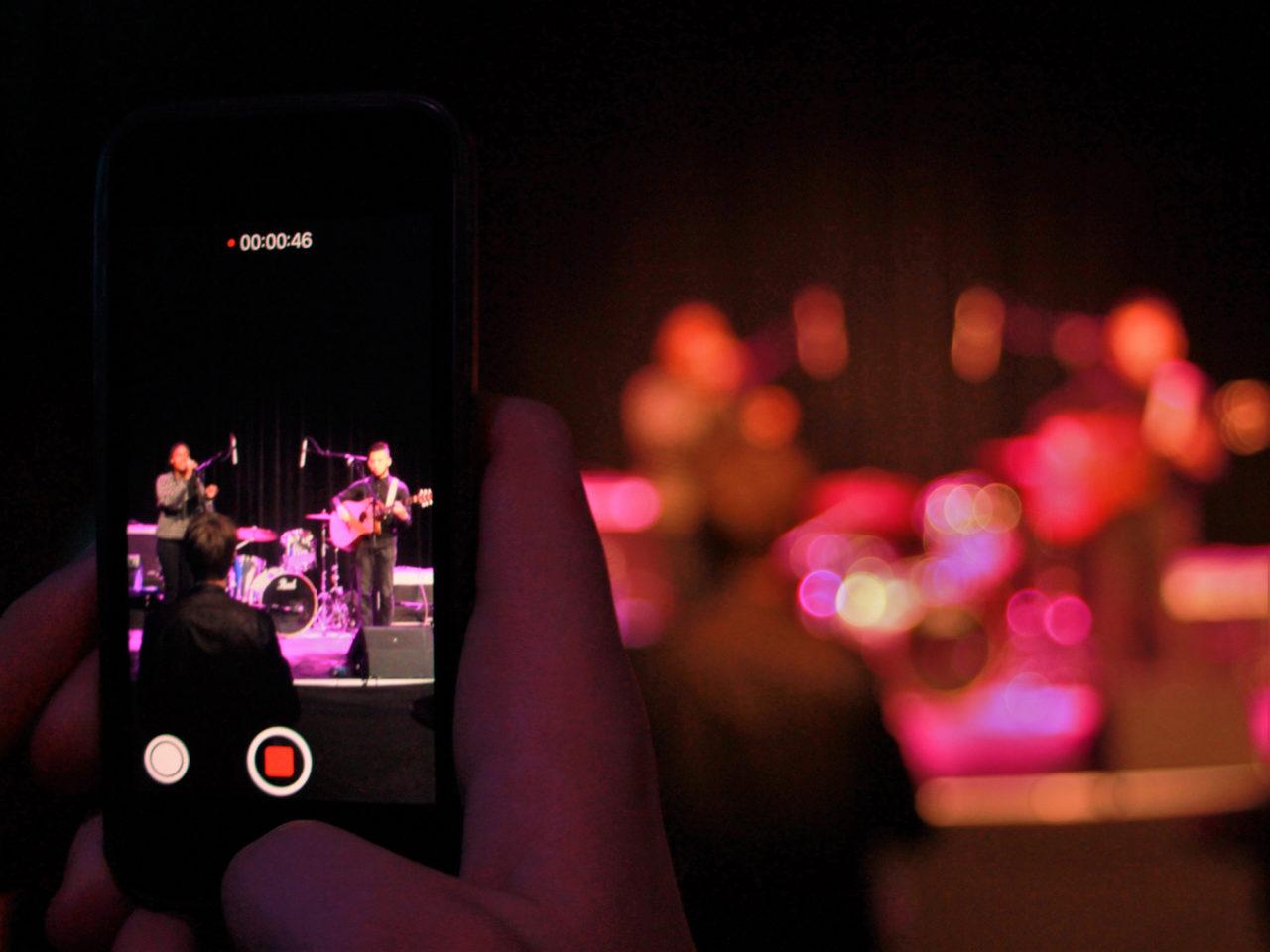 Open Stage Night paviljoen Smartphone