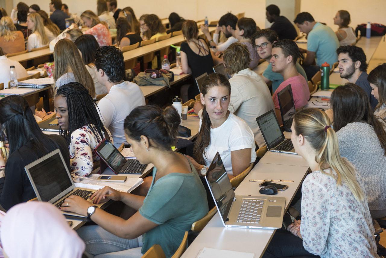 studenten-collegezaal-polakgebouw