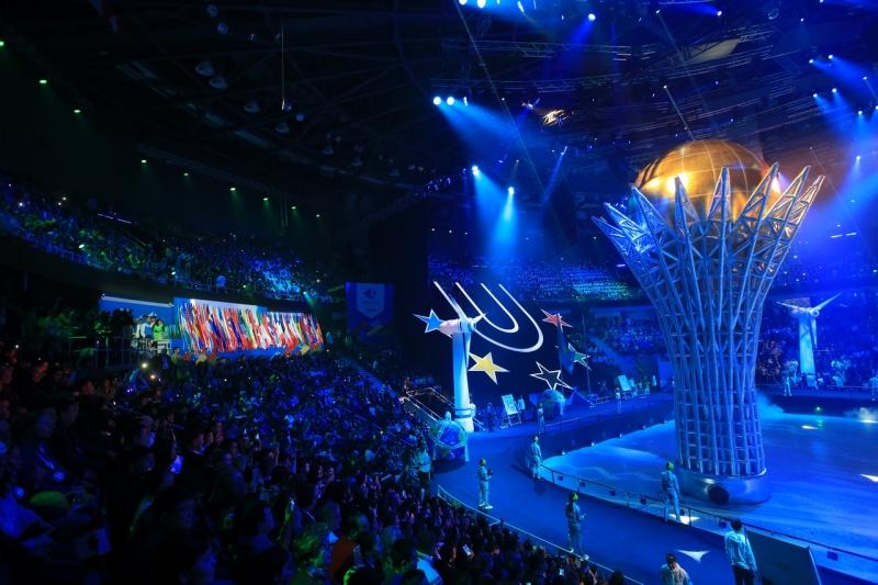 Ariane Smit 4, Almaty, schaatsen, Universiade