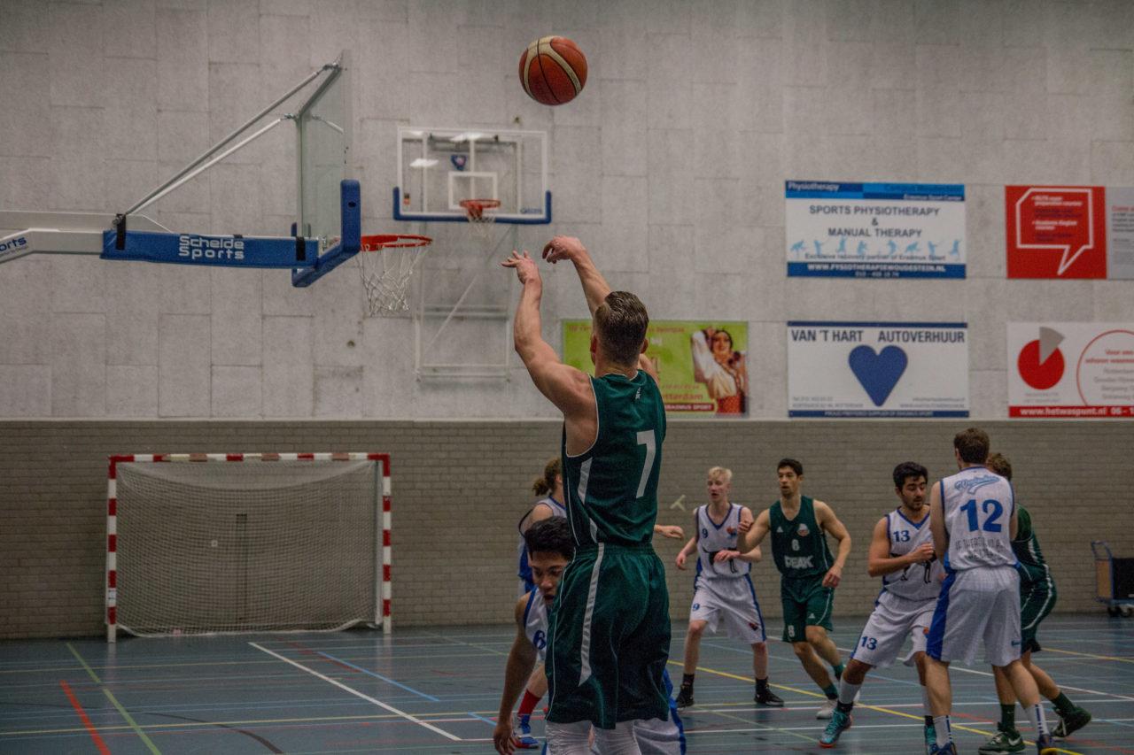 Baros basketbal erasmus sport schot